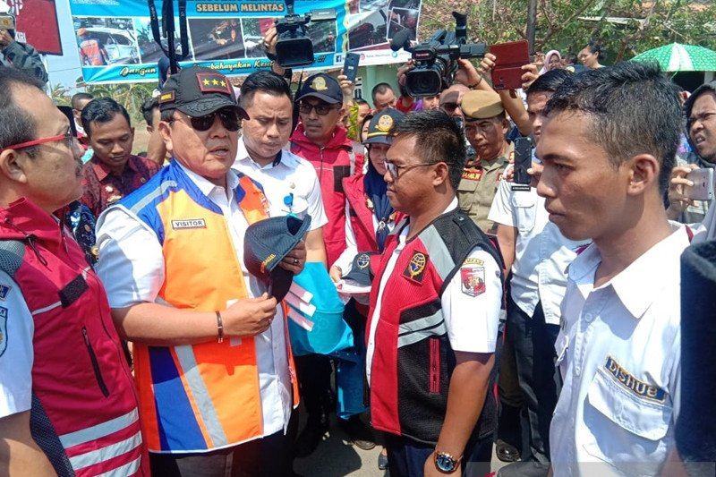 Gubernur Lampung sosialisasikan keselamatan di perlintasan KA