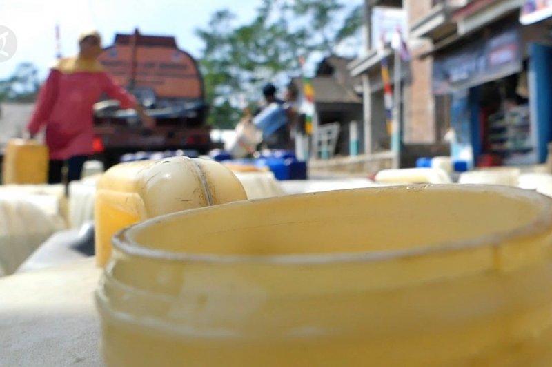 BPBD Temanggung salurkan air bersih atasi kekeringan di 27 desa