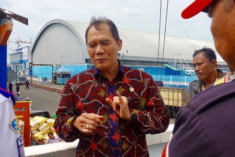 Presiden Jokowi diminta evaluasi program  tol laut