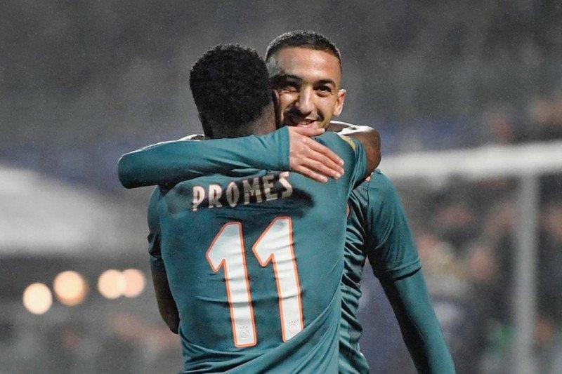Tumbangkan PEC Zwolle 4-2, Ajax kokoh di puncak klasemen