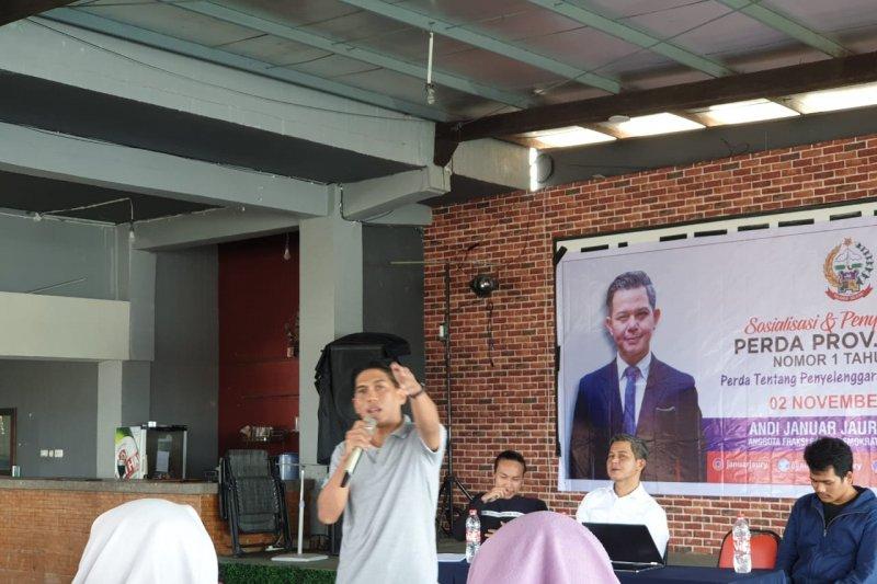 Legislator Sulsel  sosialisasikan perda kepariwisataan