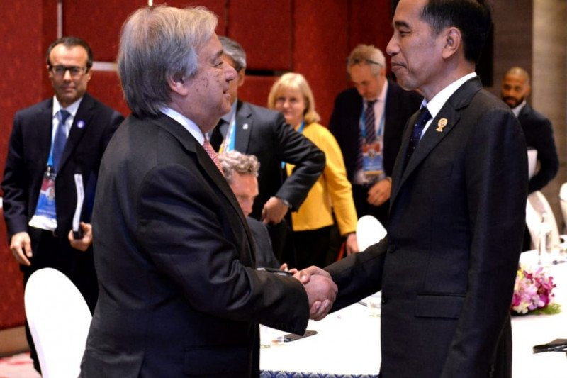 Jokowi joins opening ceremony 35th ASEAN Summit in Bangkok