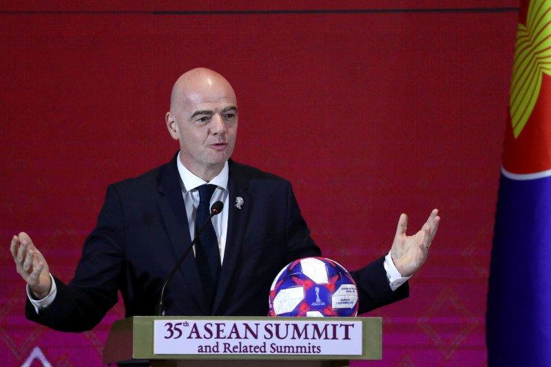 Presiden FIFA dukung aksi pemain Bundesliga serukan keadilan buat George Floyd