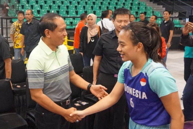 Menpora minta pebasket  Indonesia tak minder di lapangan
