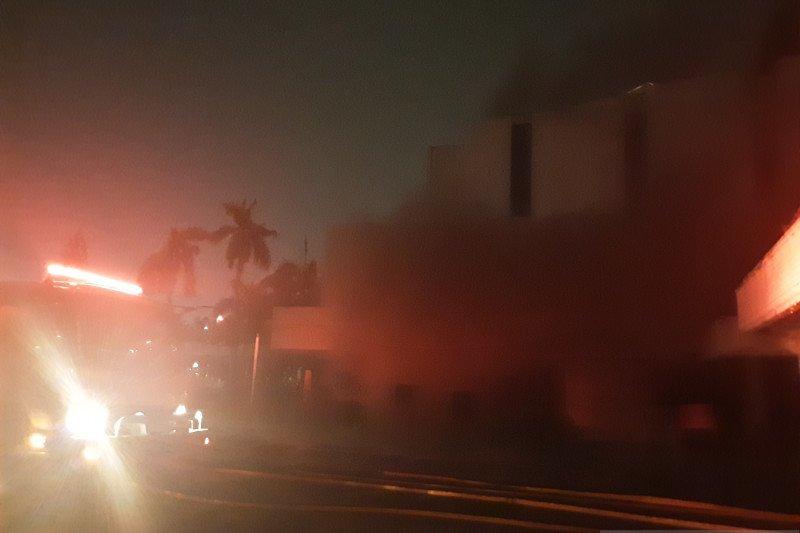 Hailai bekas gedung hiburan malam yang ada sejak tahun 1971 terbakar