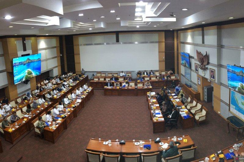 Meski salah sebut komisi, raker Komisi I DPR hasilkan enam kesepakatan