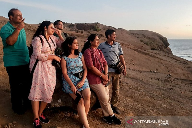 Jurnalis dan travel blogger India diajak gali Lombok