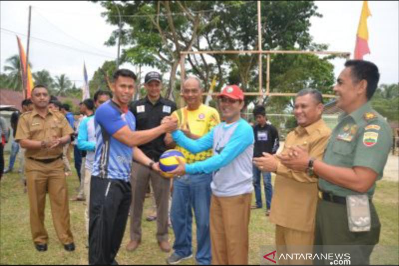Pemkab Sijunjung gelar kejuaraan bola voli, cari bibit atlet