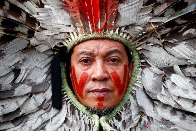 Demo menentang penghancuran hutan Amazon