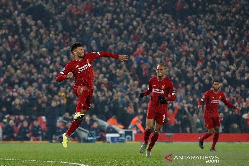 Kerjasama Salah-Chamberlain bantu Liverpool hajar Genk