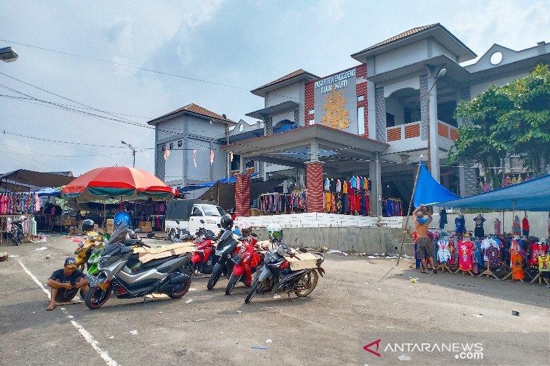 Parkir Pasar Temanggung Djaya Karti Barito Timur ditarget Rp3 juta per bulan