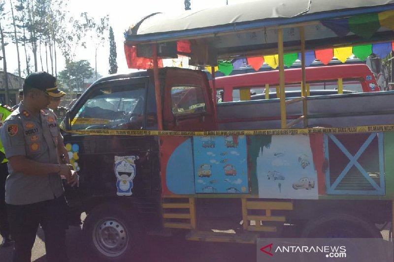 Polisi Garut sita dua mobil odong-odong bahayakan masyarakat