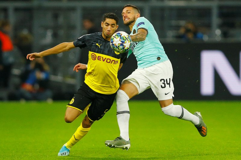 Hakimi tampil gemilang saat Dortmund tekuk Inter 3 - 2