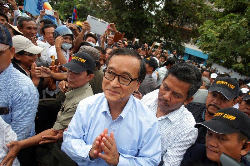 Tokoh oposisi Kamboja Sam Rainsy mendarat di Malaysia