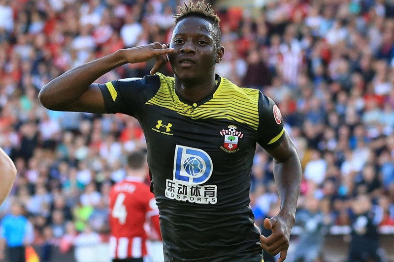 Moussa Djenepo siap perkuat Southampton hadapi Everton