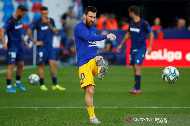 Tiga tim berpeluang gusur Barcelona dari puncak klasemen