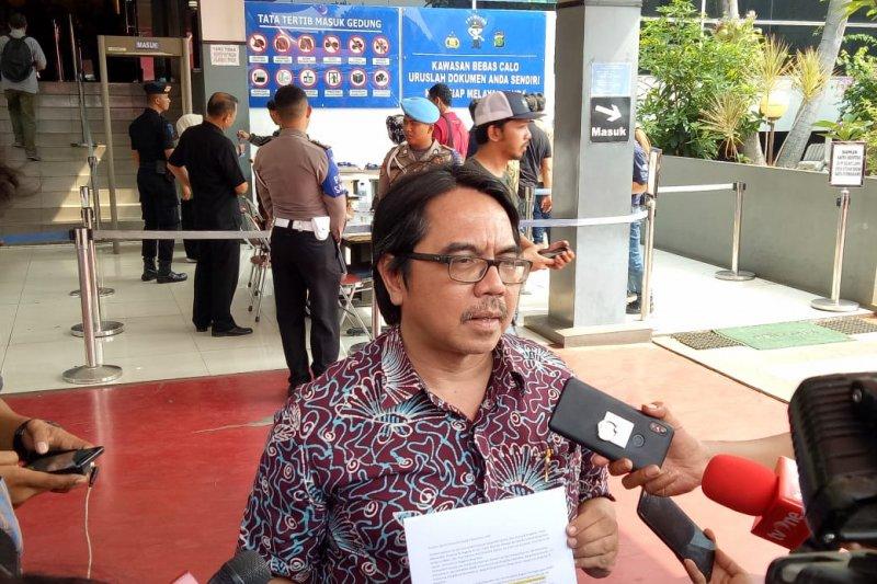 Ade Armando melaporkan balik Fahira Idris ke Polda Metro Jaya