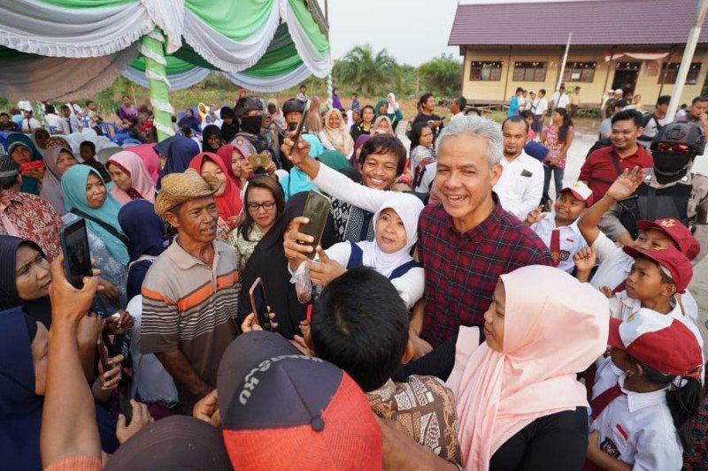 Ganjar kunjungi transmigran Jateng di Kalimantan Tengah