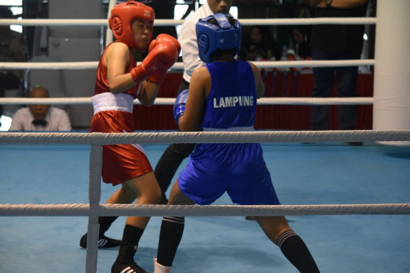 KONI Lampung berikan uang tali asih kepada atlet tinju