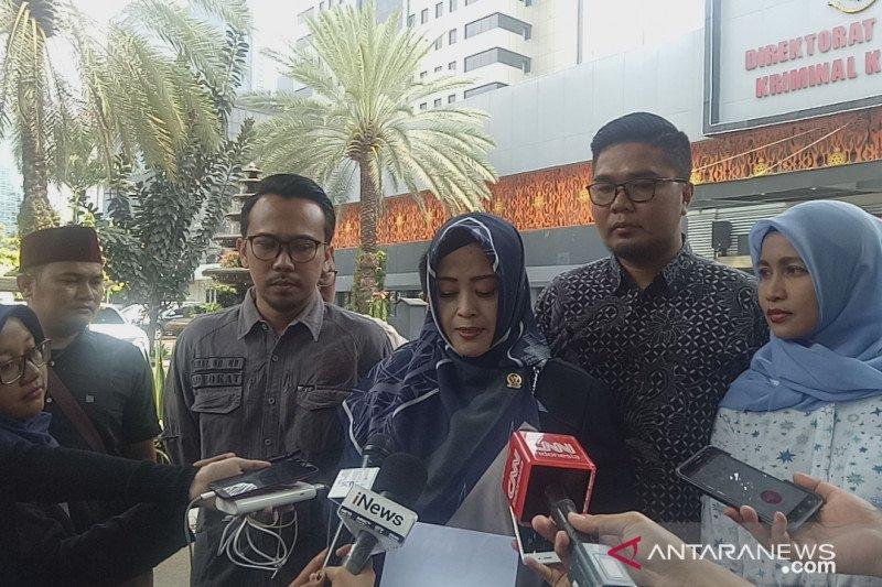 Laporan terhadap Ade Armando, Fahira Idris penuhi panggilan Polda Metro
