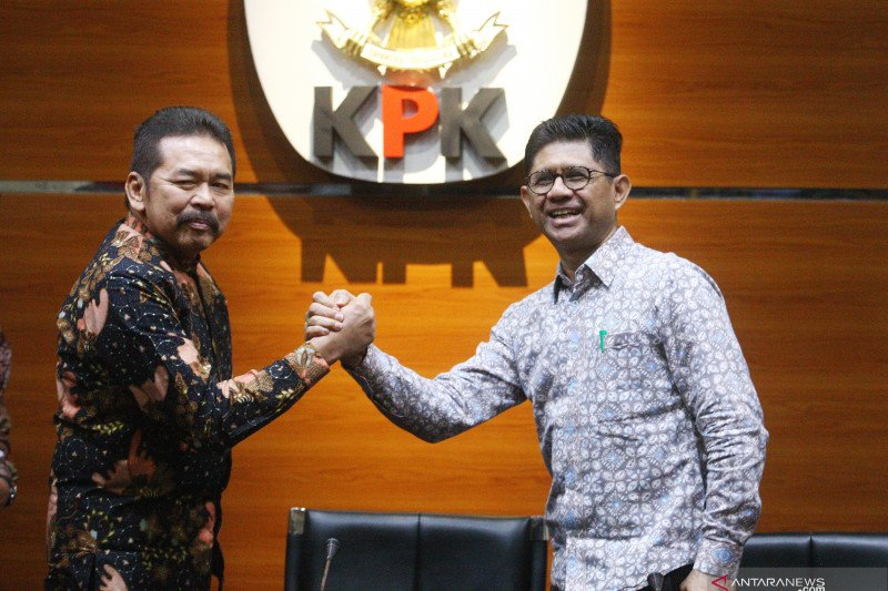 Berita hukum kemarin, Jaksa Agung sambangi KPK hingga Novel Baswedan