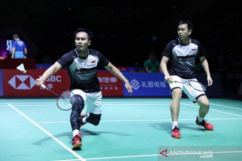 Hong Kong Open - The Daddies tepis permainan cepat ala Li/Liu
