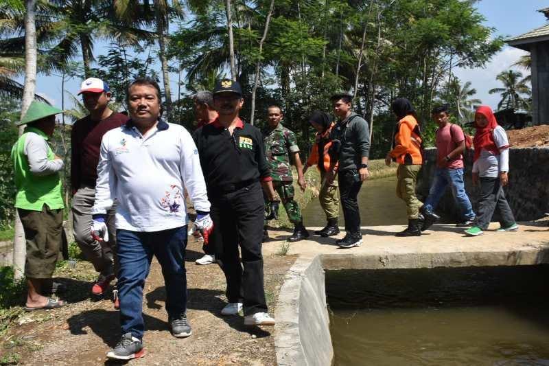 Masuki musim hujan, warga diminta  jaga kebersihan saluran air