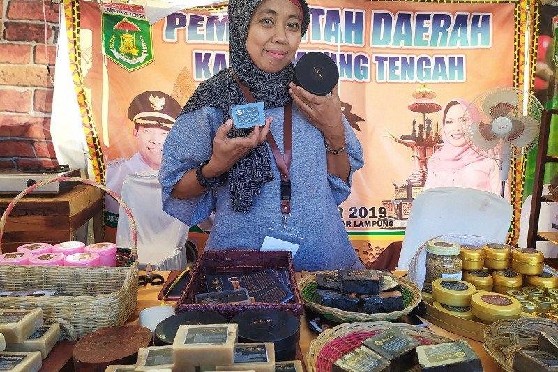 Di Festival Kopi Lampung, ada produk kosmetik berbahan kopi