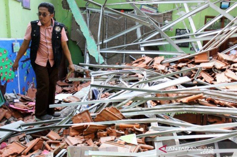 Polda tetapkan dua kontraktor tersangka kasus atap sekolah ambruk