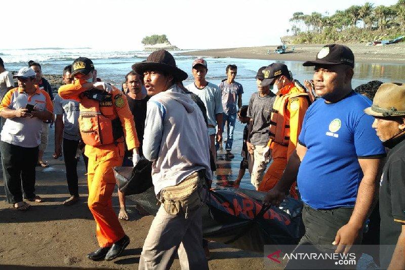 Petugas temukan pencari kerang hilang selama sepekan di Pangandaran