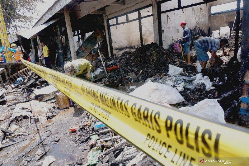 Ratusan pedagang Pasar Ngunut akan direlokasi ke penampungan sementara