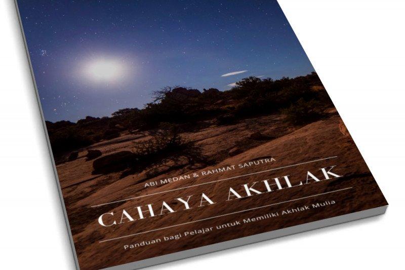 "Mahasiswa UniSZA luncurkan buku ""Cayaha Akhlak"" saat Maulid Nabi"