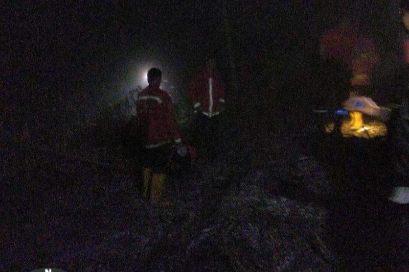Belum jelas sumber api, 1,5 hektare lahan perkebunan di Agam terbakar