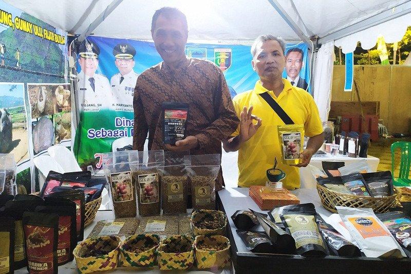 Kopi organik Lahat asal Sumatera Selatan diperkenalkan di Festival Kopi Lampung