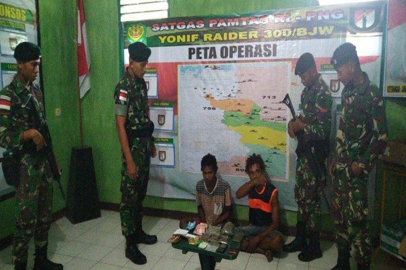 TNI amankan pemilik 1,5 kilogram ganja di Keerom