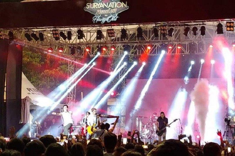 """Konser grup band Noah di Ambon """"hentak"""" penonton"""