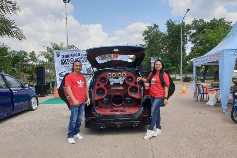 Gilbert Hansel sabet the best Auto Modifed Seribu Sungai