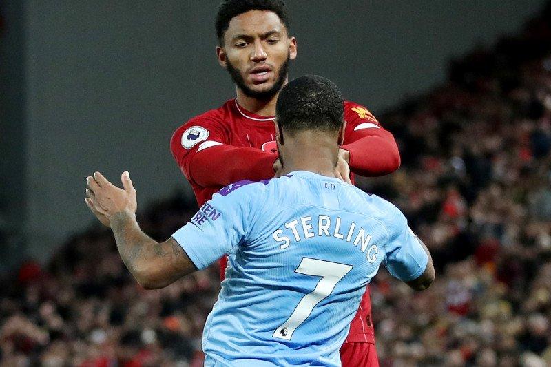 Raheem Sterling dikeluarkan dari skuat setelah cekcok dengan Gomez