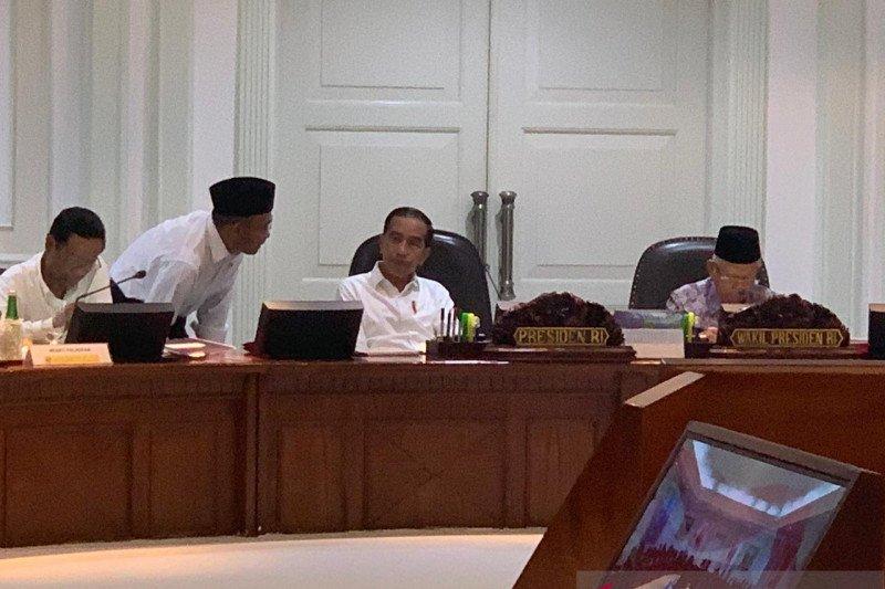Presiden Jokowi tegaskan pilkada tetap melalui pemilihan langsung