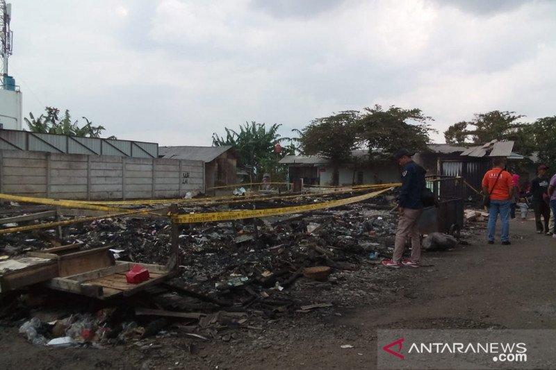 Puslabfor Mabes Polri selidiki kebakaran 45 kios di pasar penampungan Sukabumi