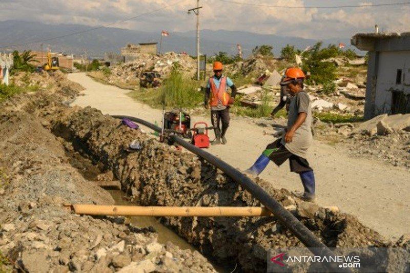Rehabilitasi dan rekonstrukti sarana air bersih