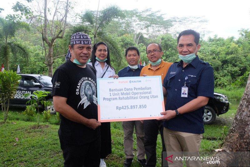 PKT Serahkan Mobil Penyelamatan Orangutan ke BOSF