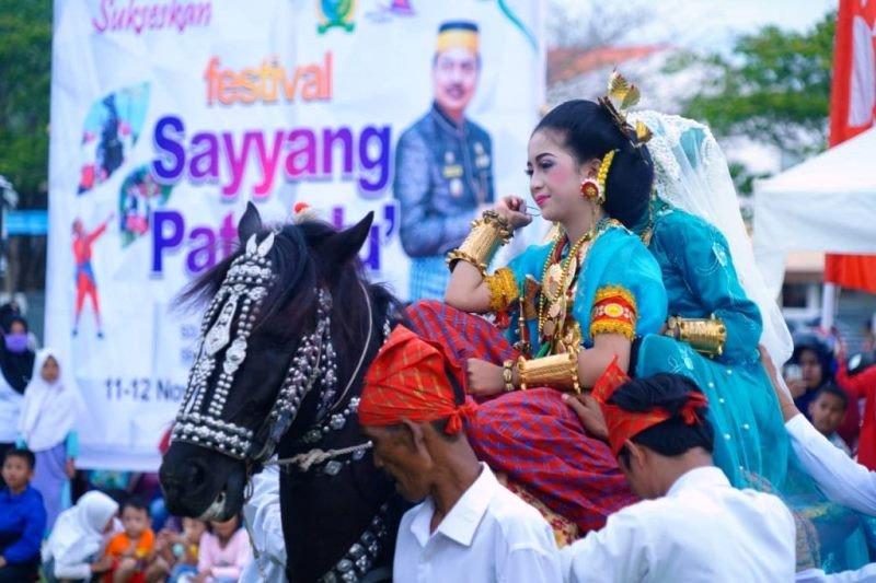 Festival Saeyyang Pattu'du wisata budaya andalan di Kabupaten Majene