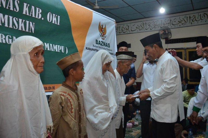 Baznas Ogan Komering Ilir salurkan Rp1,4 miliar ke  masyarakat miskin