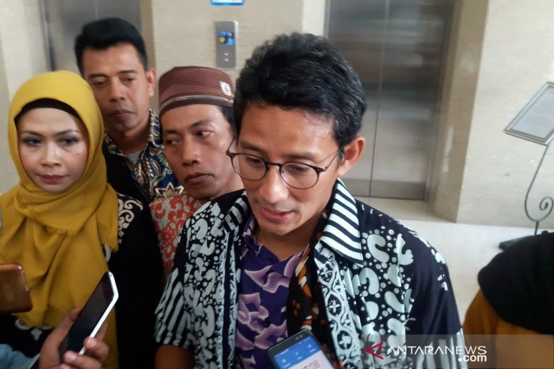 Sandiaga minta jika Ahok resmi pimpin BUMN wajib didukung
