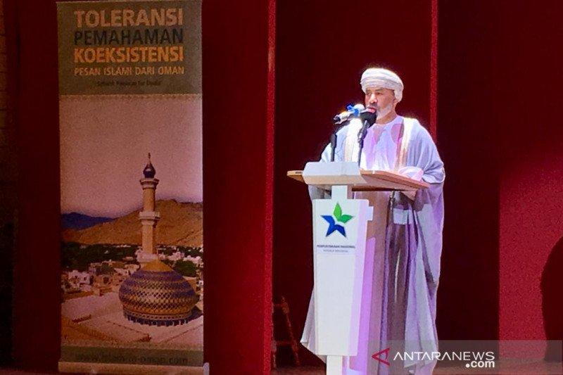 Oman pamerkan kesenian bertema toleransi di Jakarta