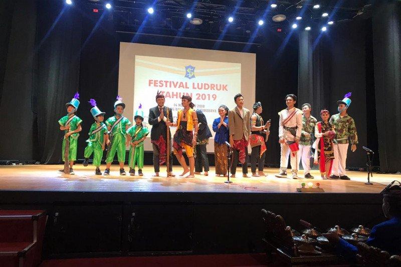 17 peserta ramaikan Festival Ludruk Surabaya 2019