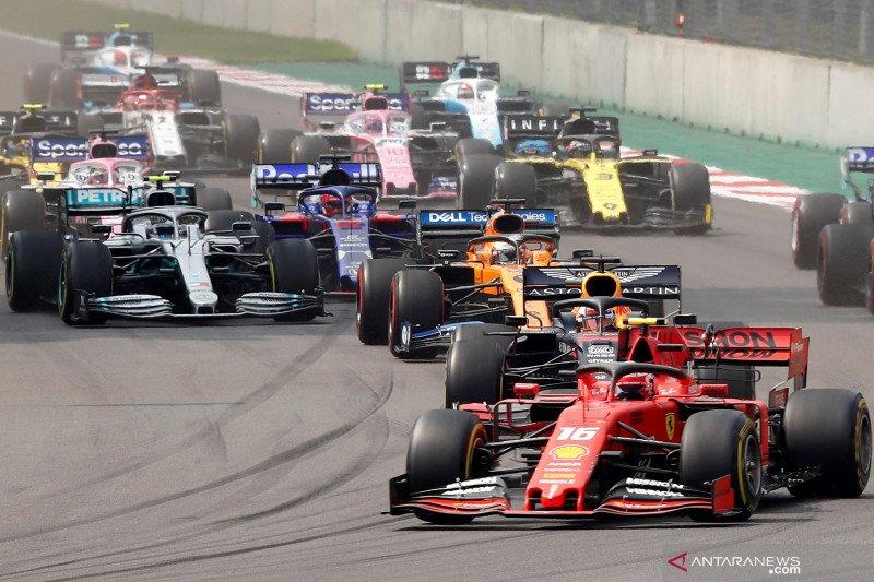 Mercedes juara, tapi persaingan masih panas di GP Brasil