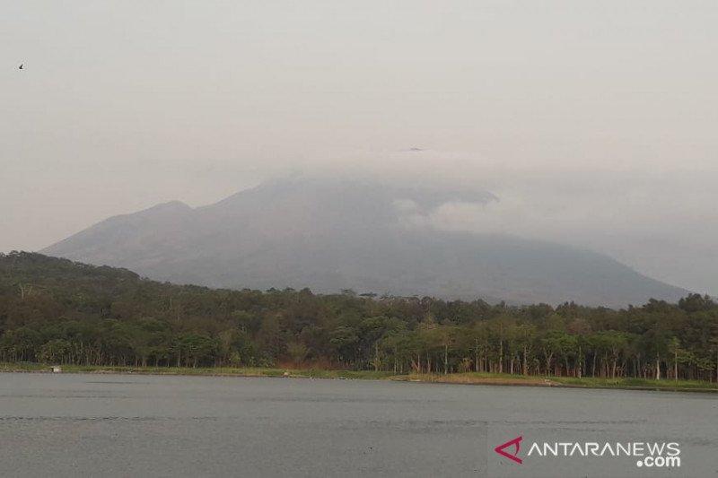 Laskar Hijau imbau warga waspadai gempa susulan Gunung Lemongan