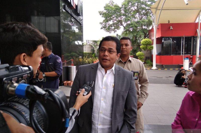 KPK panggil Sekjen DPR sebagai saksi kasus impor bawang putih